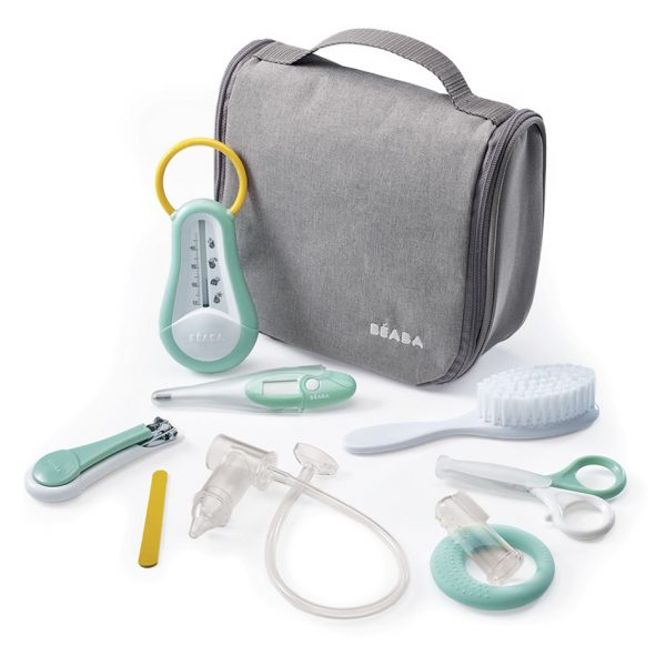 Hanging toiletry pouch with accessories
